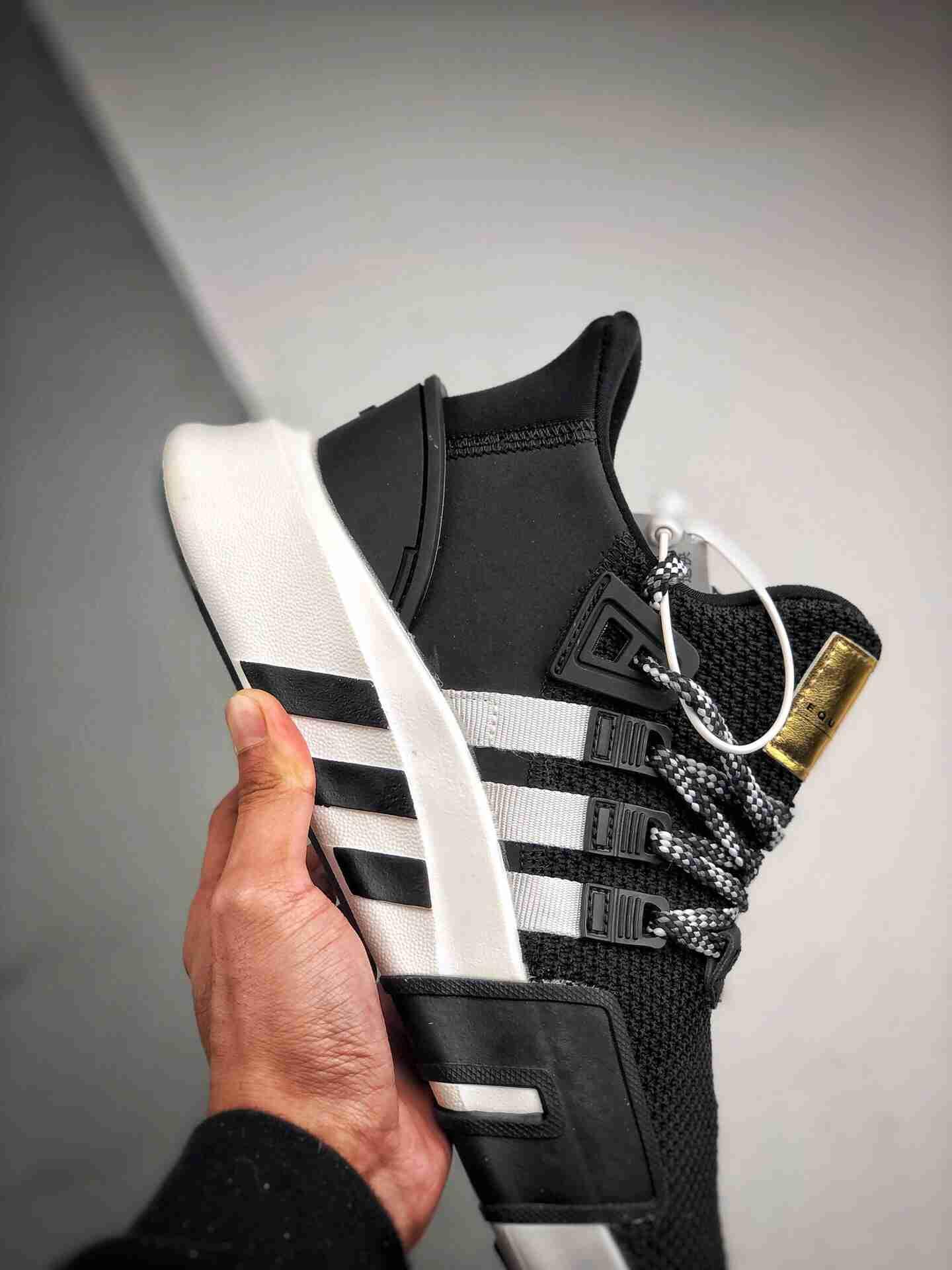 Adidas EQT Bask ADV 黑白金标