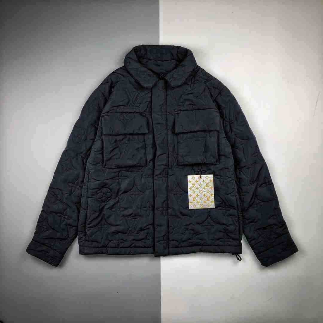 Lv 20ss 老花满印Logo浮雕长袖绗棉外套