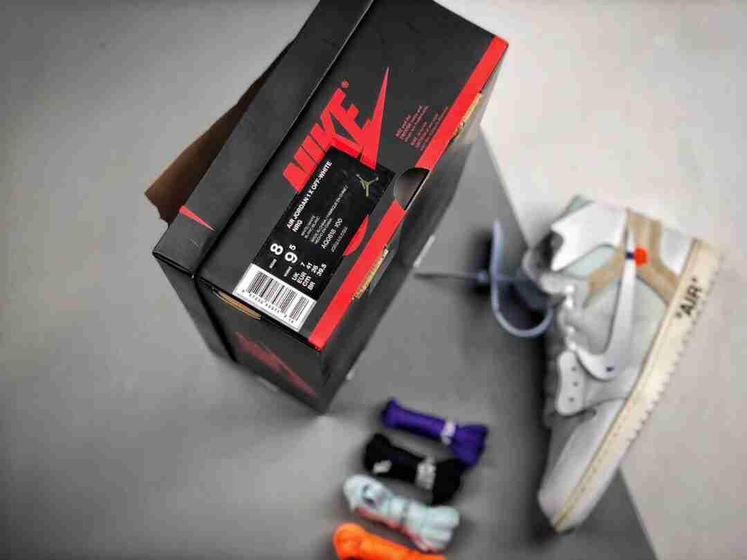 OG Air Jordan 1 x OFF-WHITE 2.0 纯白
