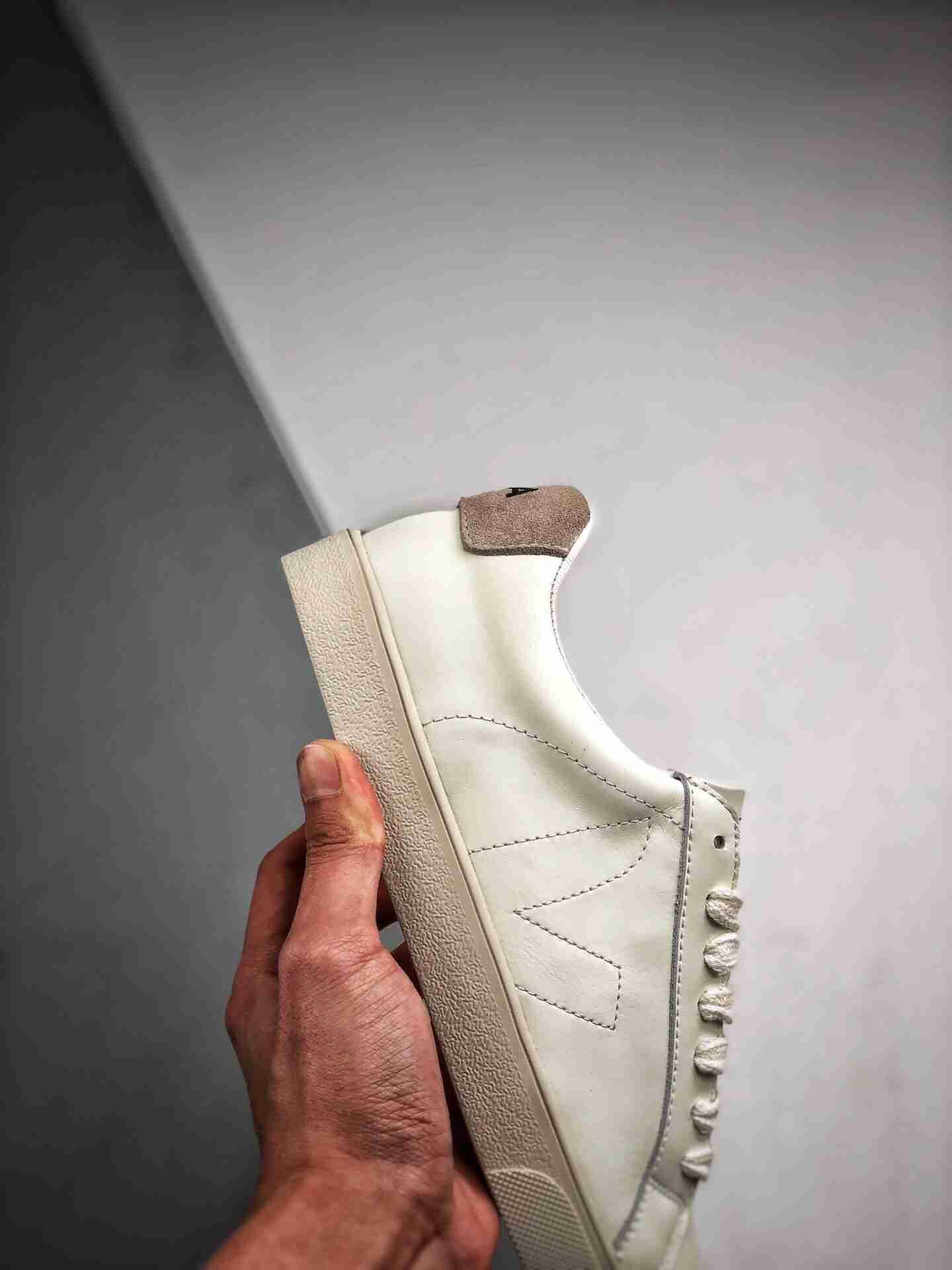 法国国民V字经典小白板鞋  Veja Leather Extra Sneakers  春季入夏简约百搭款