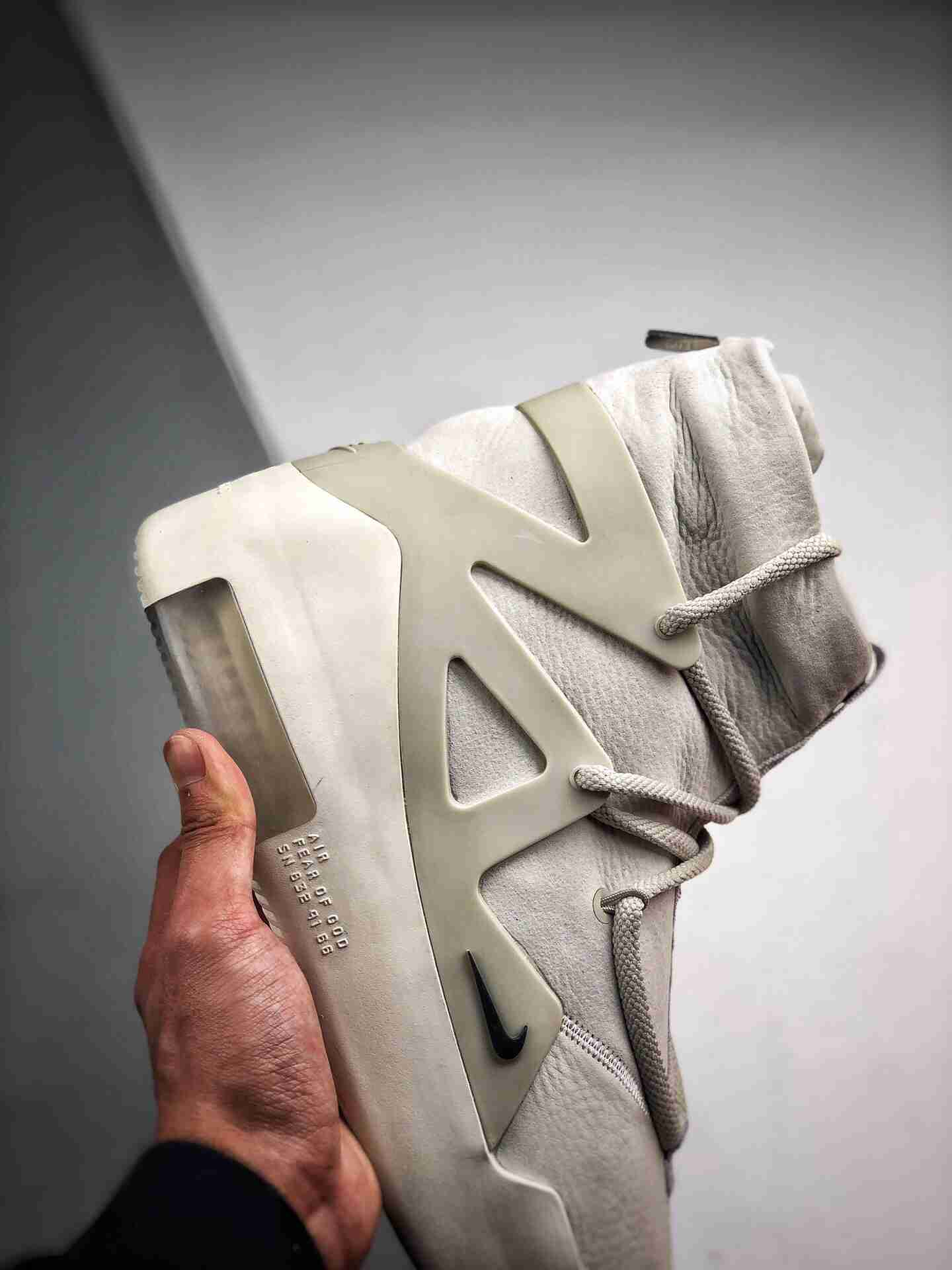 AIR FEAR OF GOD 纯白皮面