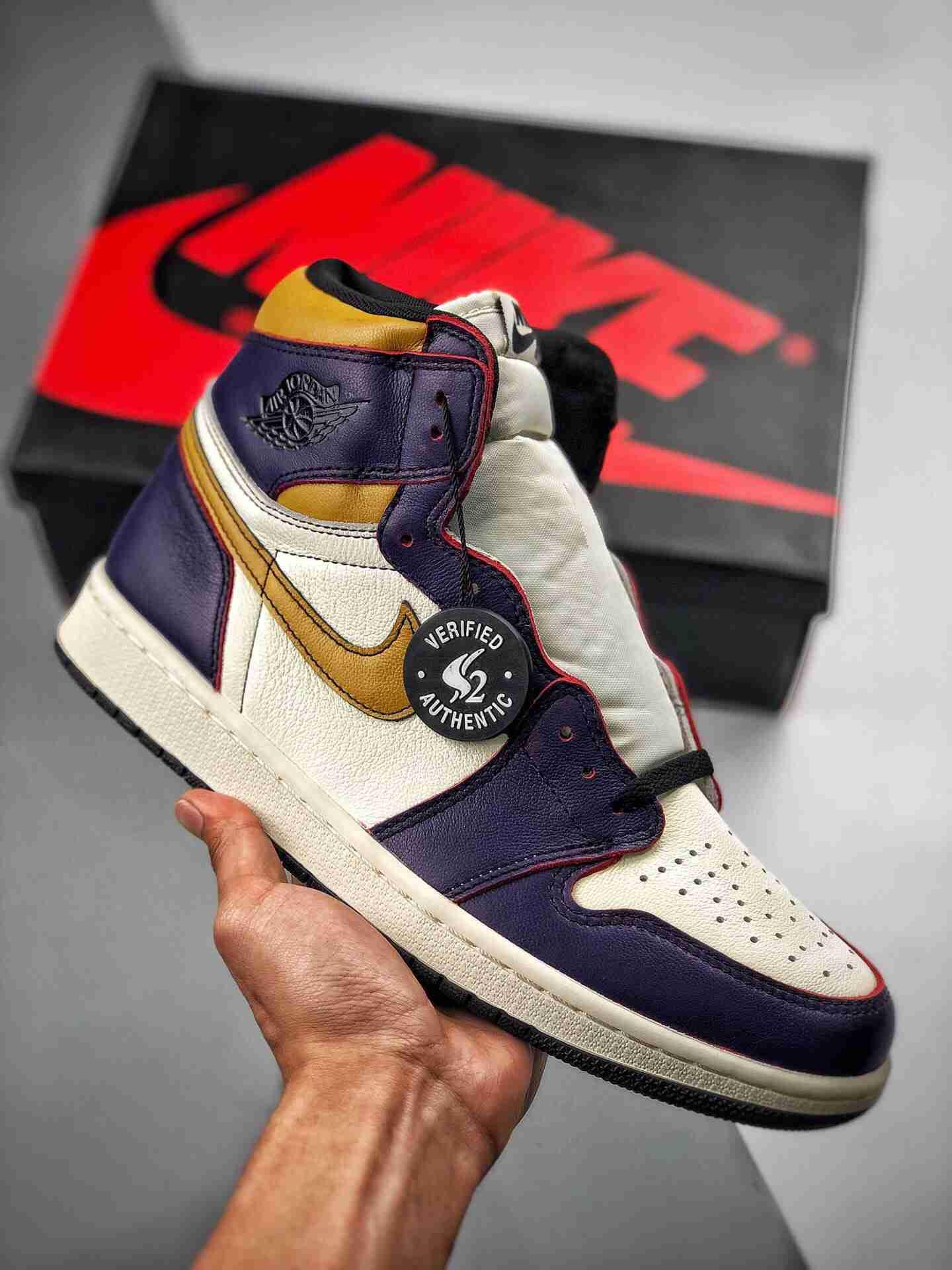 "Nike SB x Air Jordan 1 Retro High OG  ""Court Purple"" 湖人 「刮刮乐」"