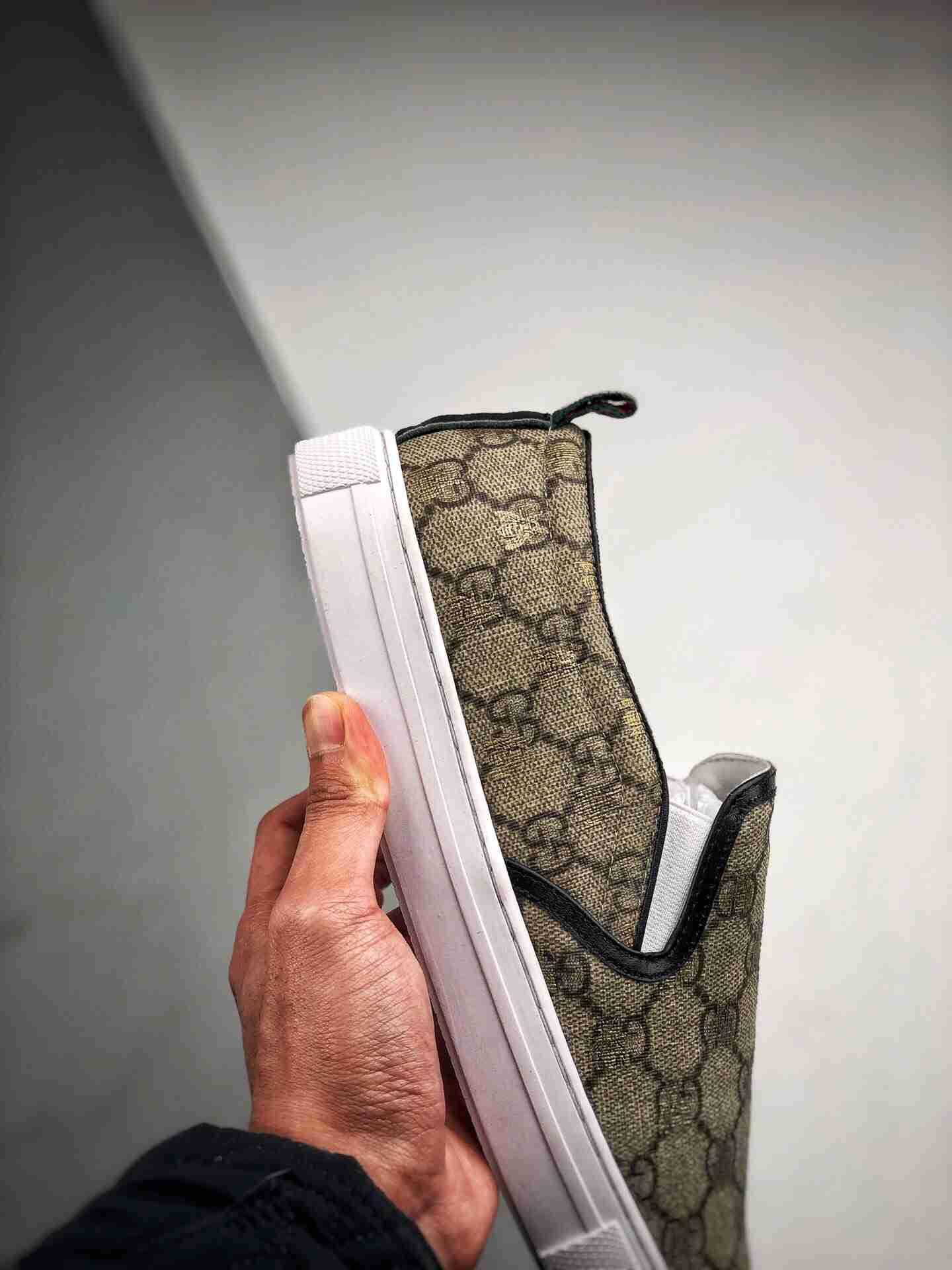 Gucci  男士一脚蹬