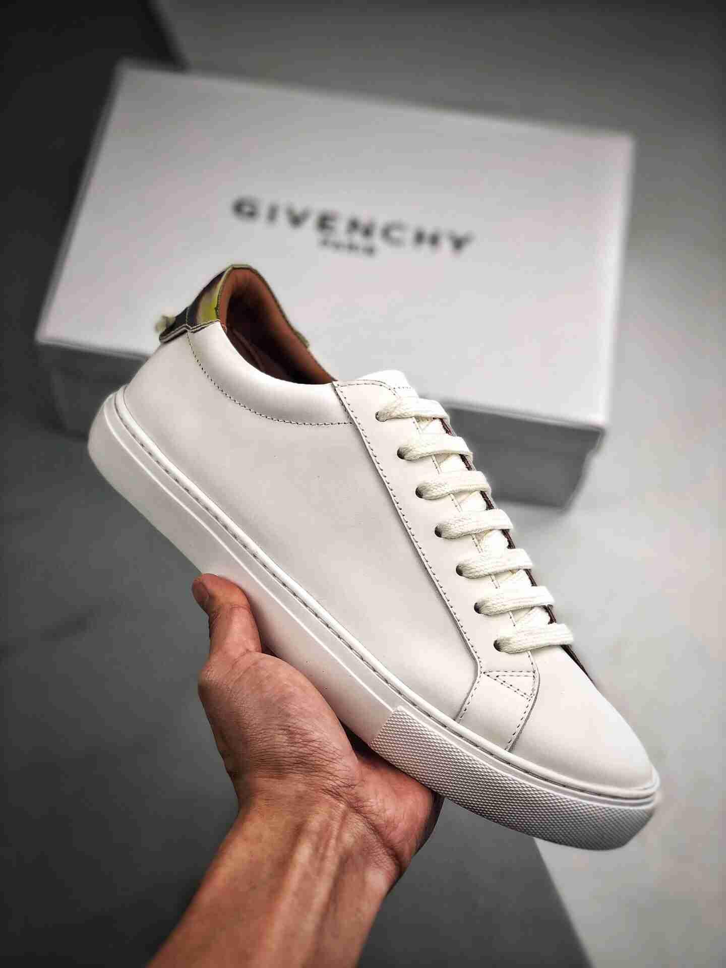 Givenchy 纪梵希 镭射尾